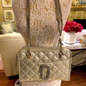 Marc Jacobs NWT platinum leather handbag w/chain